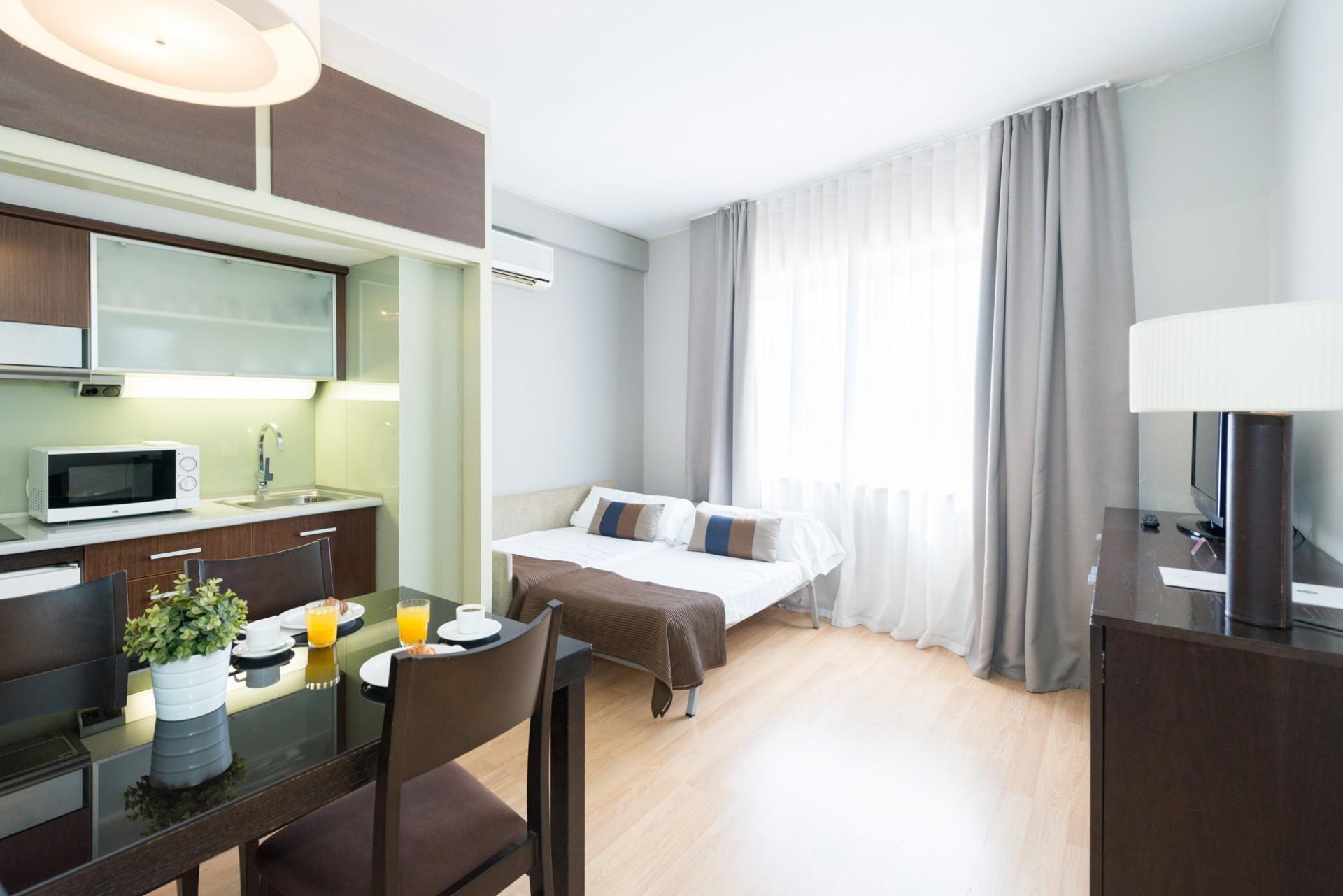 aparthotel-senator-barcelona-SLL_4_664.jpg