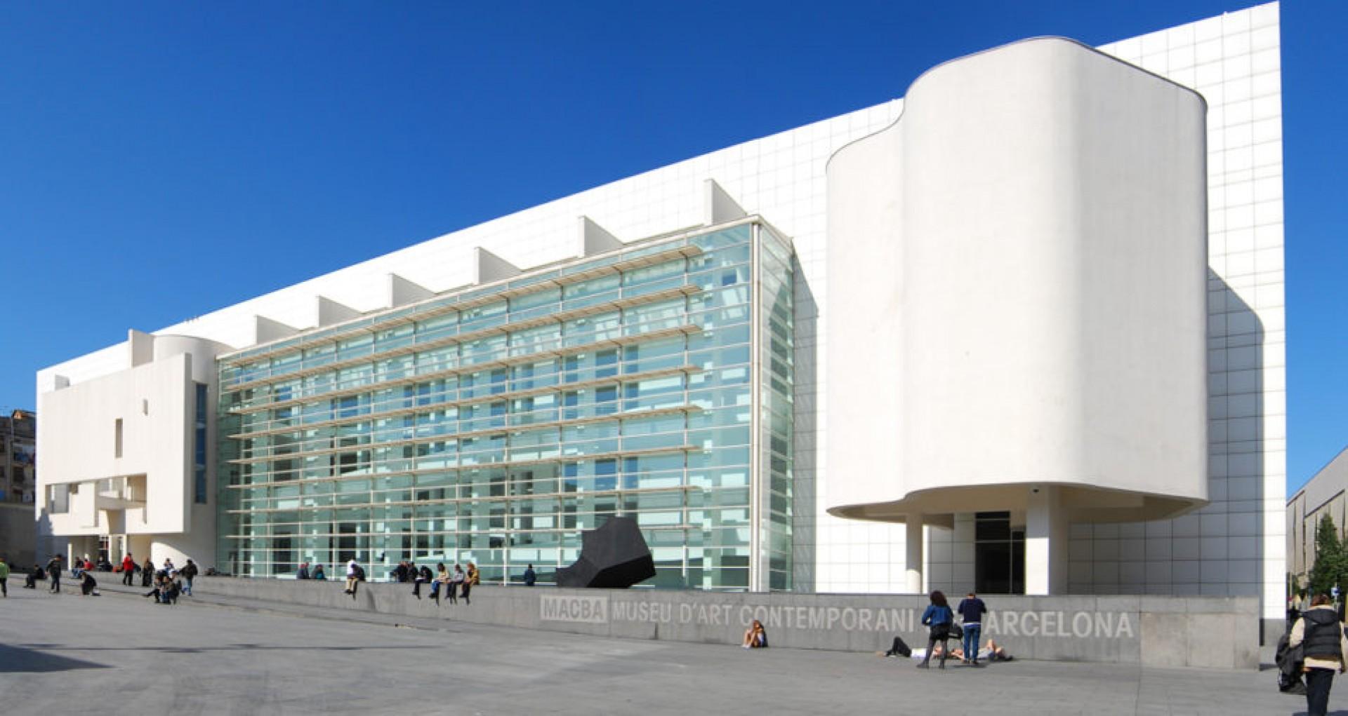 Museu d'art contemporani ( MACBA )